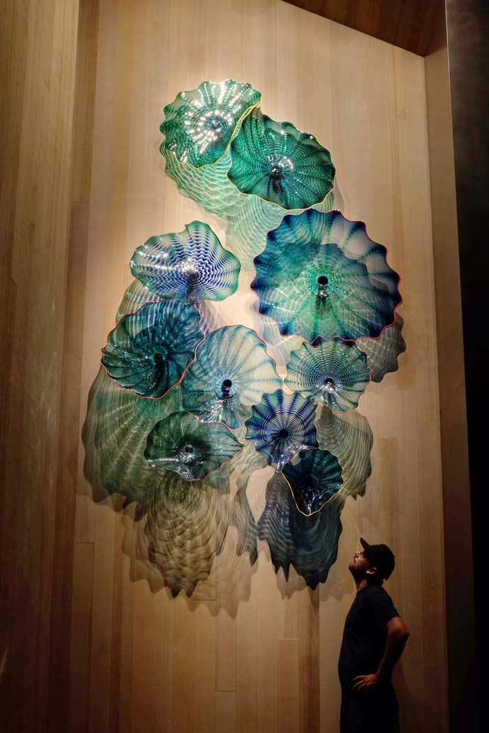 Dale Chihuly, <i>Persian Wall Installation</i>, Private Collection